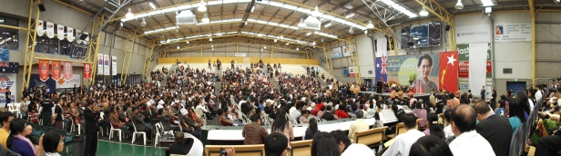 Suu Kyi speaks to a full house at Dandenong basketball stadium