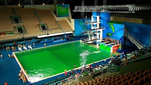 The Olympic diving, proudly sponsored by algae